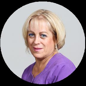 """ד""""ר הדר פנקס, מנהלת המרפאה -  טיפול במבוגרים וילדים"""